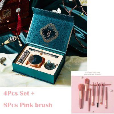 4Pcs and Pink Brush